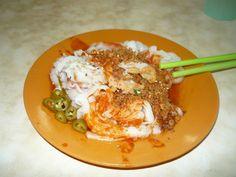 Ipoh - Chee Cheong Fun at Kong Heng Kopitiam at Jalan Bandar Timah Ipoh Old Town