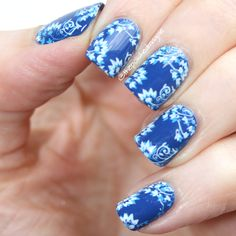 Dolce & Gabbana Blue Angel with double stamping #blue #white #floral #nailart #nailstamping