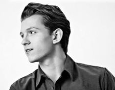 """814 Likes, 2 Comments - Tom Holland (@tomsholland) on Instagram: """"[NEW] Exclusive """"Spider-man: Homecoming"""" still + Los Angeles Times article! → SWIPE LEFT FOR FULL…"""""""