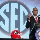 Still no front-runner in battle for Georgia's starting QB (Yahoo Sports)
