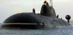 sous marin russe voor de kust van frankrijk opgepakt
