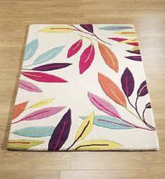 love the colors maybe for front room? Tropical Nursery, Tapis Design, Carving, Leaves, Boho, Rugs, Colors, Gifts, Home Decor