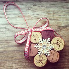Snowflake Wine Cork Ornament - Christmas Holiday Tree Decorations - Wine Lovers