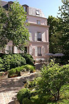 The Messy Nessy Chic Paris Hotel Guide - 7 Secret Parisian Hotels