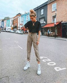 Mehr als 20 spezielle trendige Outfit-Ideen in diesem Jahr! 23 Mehr als 20 spezielle trendige Outfit-Ideen in diesem Jahr! Mehr als 20 spezielle trendige Outfit-Ideen in diesem Jahr! 23 jacket outfit ideas with camo pants fashion outfits outfits Retro Outfits, Vintage Outfits, Cute Casual Outfits, Simple Edgy Outfits, Edgy School Outfits, Hipster Girl Outfits, Edgy Summer Outfits, Simple Outfits For School, Gym Outfits