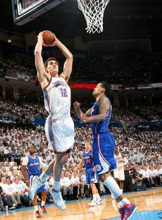 Photo Gallery: Game 5 vs. Clippers: May 13, 2014 | THE OFFICIAL SITE OF THE OKLAHOMA CITY THUNDER