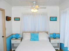 Bahamian Owned Charming Direct Waterfront Studio Sits Directly Above The Sea.  $89/night  Nearest Airport North Eleuthera 15 miles