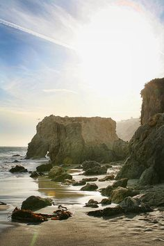 El Matador Beach, Malibu - more awesome in person.  Very memorable - even for a Floridian that sees the beach regularly. #treasuredtravel
