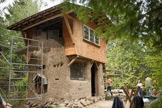 Cob Cottage workshop tour