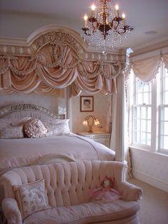 7 Handsome Cool Tricks: Shabby Chic Home Furnishings shabby chic sofa cabbage roses.Shabby Chic Interior Little Girl Rooms shabby chic deko herbst. Girly Bedroom, Dream Bedroom, Chic Bedroom, Dream Rooms, Bedroom Decor, Home, Bedroom Inspirations, Home Decor, Luxurious Bedrooms