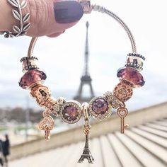 """498 свиђања, 2 коментара -  PANDORA St. Maarten (@pandorasxm) у апликацији Instagram: """"@fashioncoolture remembers greats moments from her travels through her #PANDORAbracelet - like this…"""""""