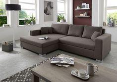 Ecksofa Jessy – Designersofa mit Schlaffunktion – Das stilvolle Sofa Jessy ist komplett mit hochwertigem Strukturstoff in Braun bezogen. Den Beistelltisch Leo 100 können Sie in unserem Online-Shop erwerben. ca. 165 x 275 cm