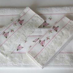 Beyaz dantelli havlu - Satınalmak için rustikdekorasyon@gmail.com a mail atabilir ya da gittigidiyor daki mağazamızı ziyaret edebilirsiniz. http://dukkanlar.gittigidiyor.com/RUSTIK_DEKORASYON/HAVLULAR/