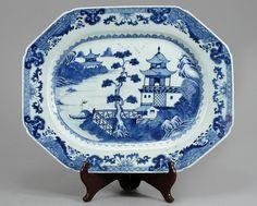 Travessa em porcelana Chinesa de Cia das Indias do sec.18th, 38cm de largura, 7,700 EGP / 3,150 REAIS / 900 EUROS / 1,020 USD https://www.facebook.com/SoulCariocaAntiques https://instagram.com/soulcarioca_antiques