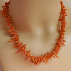 Vintage dainty graduated 1970s branch coral strand necklace by trendybindi on Etsy