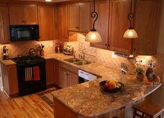 Golden oak kitchen cabinets granite ideas for with medium warm cherry kitchens forum paint dark Granite Countertops Kitchen, Kitchen Flooring, Kitchen Cabinets And Granite, New Kitchen Cabinets, Updated Kitchen, Kitchen Countertops, Trendy Kitchen, Oak Kitchen, Tuscan Kitchen