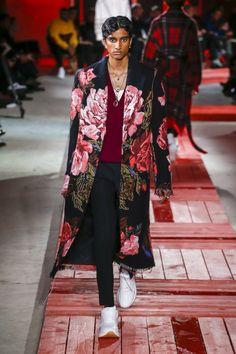 Alexander McQueen Fall 2018 Menswear Fashion Show Collection