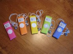 Chocolate bar Ipods and hershey kiss ear buds!