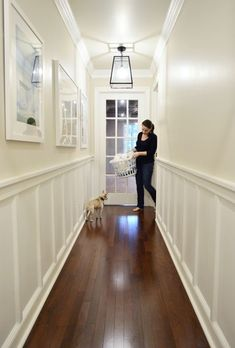 Wall color: Edgecomb Gray by Benjamin Moore | Trim & wainscoting color: Simply White by Benjamin Moore #hallwayideasnarrow