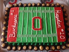 Make a festive Ohio State cake for your National Championship watch party. #BuckeyeNation #GoBucks