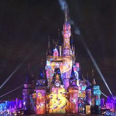 2019 年の31 件のおすすめ画像ボードシンデレラ城 Disney