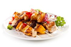 This flavorful, versatile kebab recipe encompasses all the safer grilling techniques, including marinating and using small pieces of meat to keep grill time short. Kebab Skewers, Kebabs On The Grill, Plain Greek Yogurt, Oven Cooking, Fresh Lemon Juice, Stuffed Green Peppers, Cherry Tomatoes, Healthy Choices, Pesto