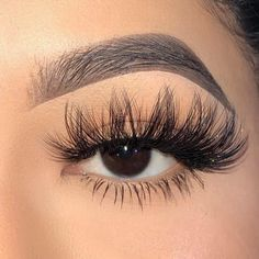 I'm your alter ego. My dramatic flare will give you the confidence you need to be unapologetically you. Big Lashes, Wispy Lashes, False Lashes, Longer Eyelashes, Fake Eyelashes, Perfect Eyelashes, Russian Volume Lashes, Mink Eyelashes Wholesale, Lip Wallpaper