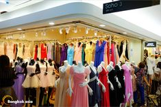 Platinum Fashion Mall primarily specializes in the sale of wholesale fashion clothing as well as accessories. There are around 1300 shops in the mall and you can save a lot if you purchase goods in large quantities. . The best way to save on money while buying at the shopping mall is to opt for [&hellip