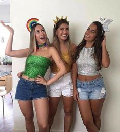 Looking for Best DIY College Halloween Costume Ideas? Get your hands on the finest Halloween costumes for college & college couple Halloween costume here. Cute Group Halloween Costumes, Game Costumes, Halloween Kostüm, Halloween Outfits, Costume Ideas, Halloween Karneval, Maquillage Halloween, Halloween Disfraces, Costumes For Women