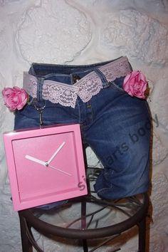 support en jeans et son horloge..textile dur et leger à la fois..https://www.alittlemarket.com/boutique/sissi_arts_body-1348519.html