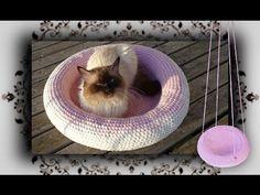 DIY Pullover Bett für Katzen & Hunde | Pet bed from a sweater - YouTube