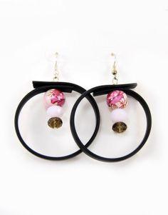 €10.00 Κρίκοι από καουτσούκ με γυάλινες χάντρες. Earrings, Jewelry, Fashion, Ear Rings, Moda, Stud Earrings, Jewlery, Jewerly, Fashion Styles