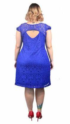Vestido de Festa em Renda Plus Size curto