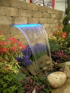 wasserspiel garten 30 fantastic garden waterfall for small garden ideas Small Water Features, Outdoor Water Features, Water Features In The Garden, Small Front Yard Landscaping, Backyard Landscaping, Landscaping Ideas, Cozy Backyard, Outdoor Waterfalls, Garden Water Fountains
