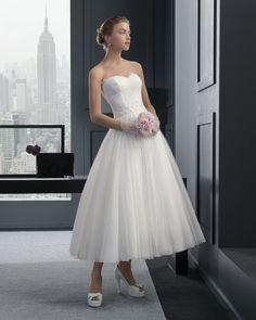 Dathybridal 美しい ハートカット アウトドア-ガーデン A ライン ブライダルドレス ウェディングドレス Hro0135