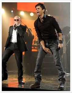 YUM @ BOTH OF EM !!! Pitbull & Enrique Iglesias
