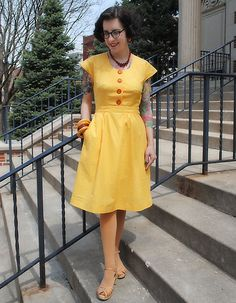 By Gum By Golly: Sew for Victory dress - McCall 6116 (1945)