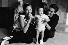 Alain Delon with Natalie and Antony, Alain Delon, French Man, Romy Schneider, Believe In God, Turkish Actors, Gentleman Style, Family Love, My People, Old Hollywood