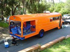 bus camper w/pourch