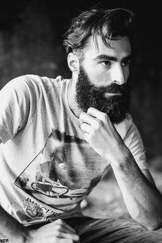 scruff scruff & beards : Photo