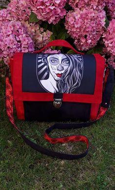 Sac Quadrille rouge et noir illustré cousu par L'atelier de Cathou - Patron Sacôtin