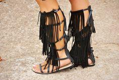 "New post on my blog ""Fringed Sandals"" http://nekane2020.blogs.elle.es"