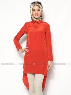 Derrière les longues robes - Orange - Tuncay