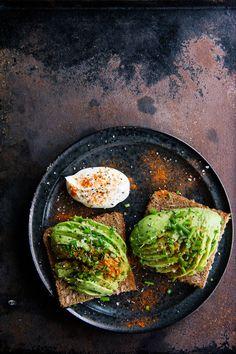 avocado toast | issy croker photography