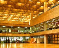 João Batista Vilanova Artigas. Faculdade de Arquitetura e Urbanismo da Universidade de São Paulo. 1961 | ARScentre