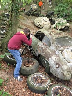 Vintage Porsche, Vintage Cars, Antique Cars, Abandoned Cars, Abandoned Places, Aston Martin Dbr1, Porsche 356 Speedster, Rusty Cars, Train Pictures