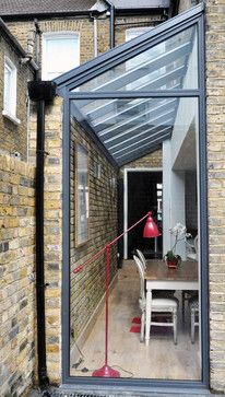 If I ever had a terraced house again. As my other house that part of the garden was unwanted space. Extension Designs, Glass Extension, Extension Ideas, Extension Google, Garage Extension, Kitchen Extension Roof Ideas, Kitchen Extension Terraced House, Cottage Extension, Building Extension