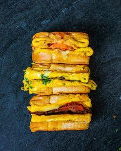 Breakfast Dishes, Breakfast Recipes, Healthy Desayunos, Good Food, Yummy Food, Egg Toast, Cooking Recipes, Egg Recipes, Diy Food