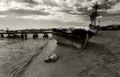 Bote abandonado en Los Alcázares - joseluisperezcarrion.es