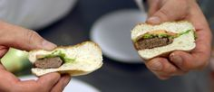 First-ever public tasting of lab-grown Cultured Beef burger - Maastricht University